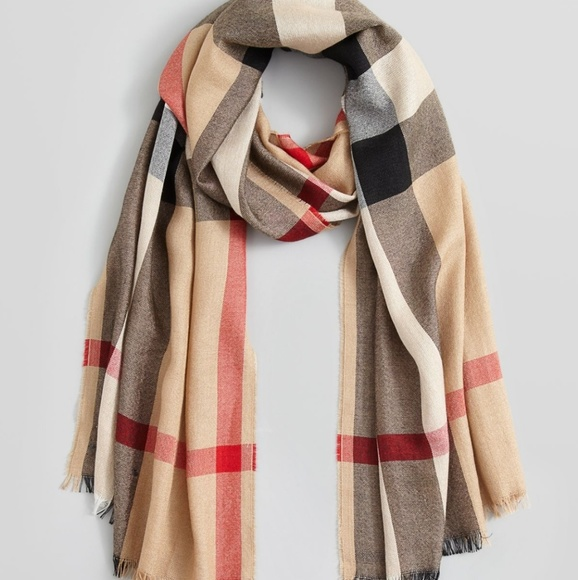 d9457c0efa0ad 100% Burberry Half Mega Check Silk cashmere Scarf